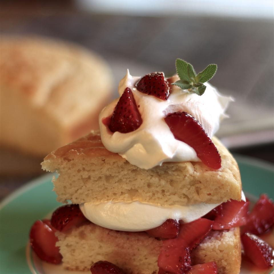 Old Fashioned Strawberry Shortcake Cynthia LaFourcade