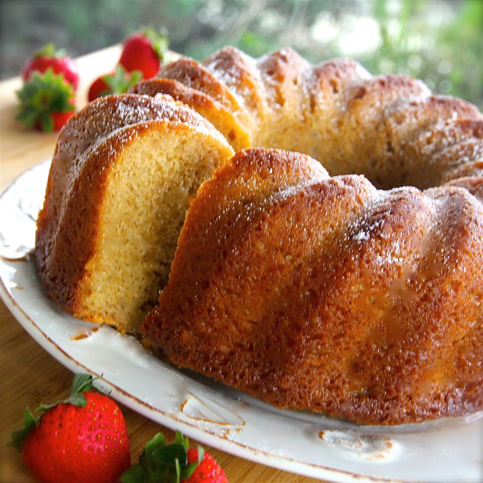 White Wine Pound Cake