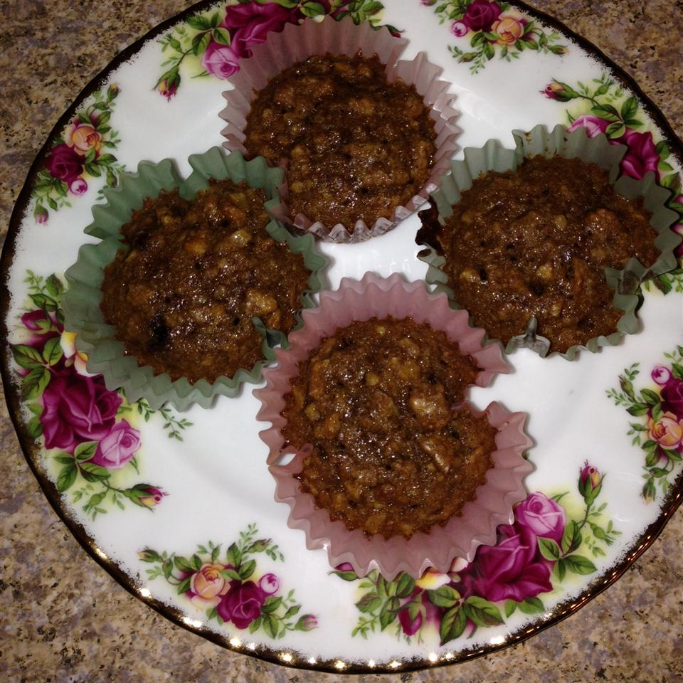 Easy Pecan Pie Cupcakes tammy