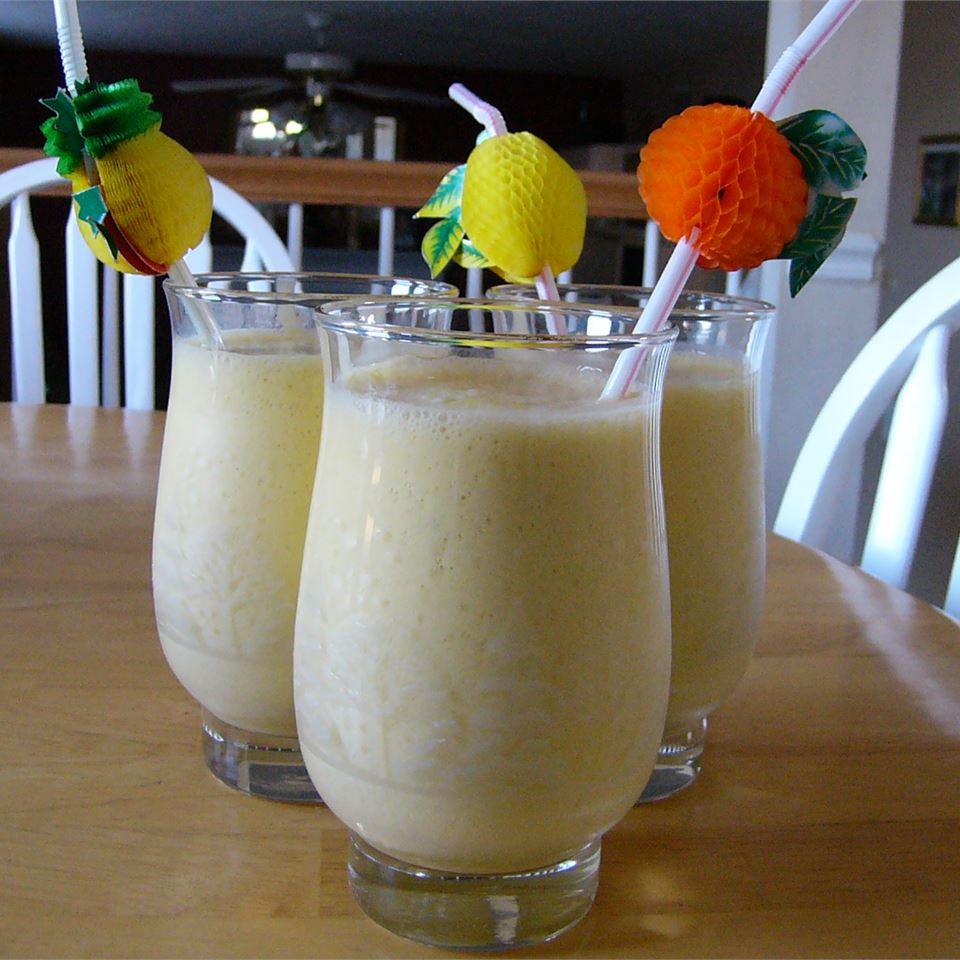 Orange Banana Smoothie Michelle Helmeczy