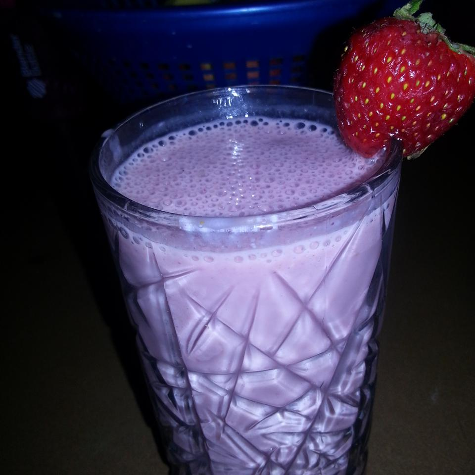 Healthy Strawberry Smoothie Ruth Benson
