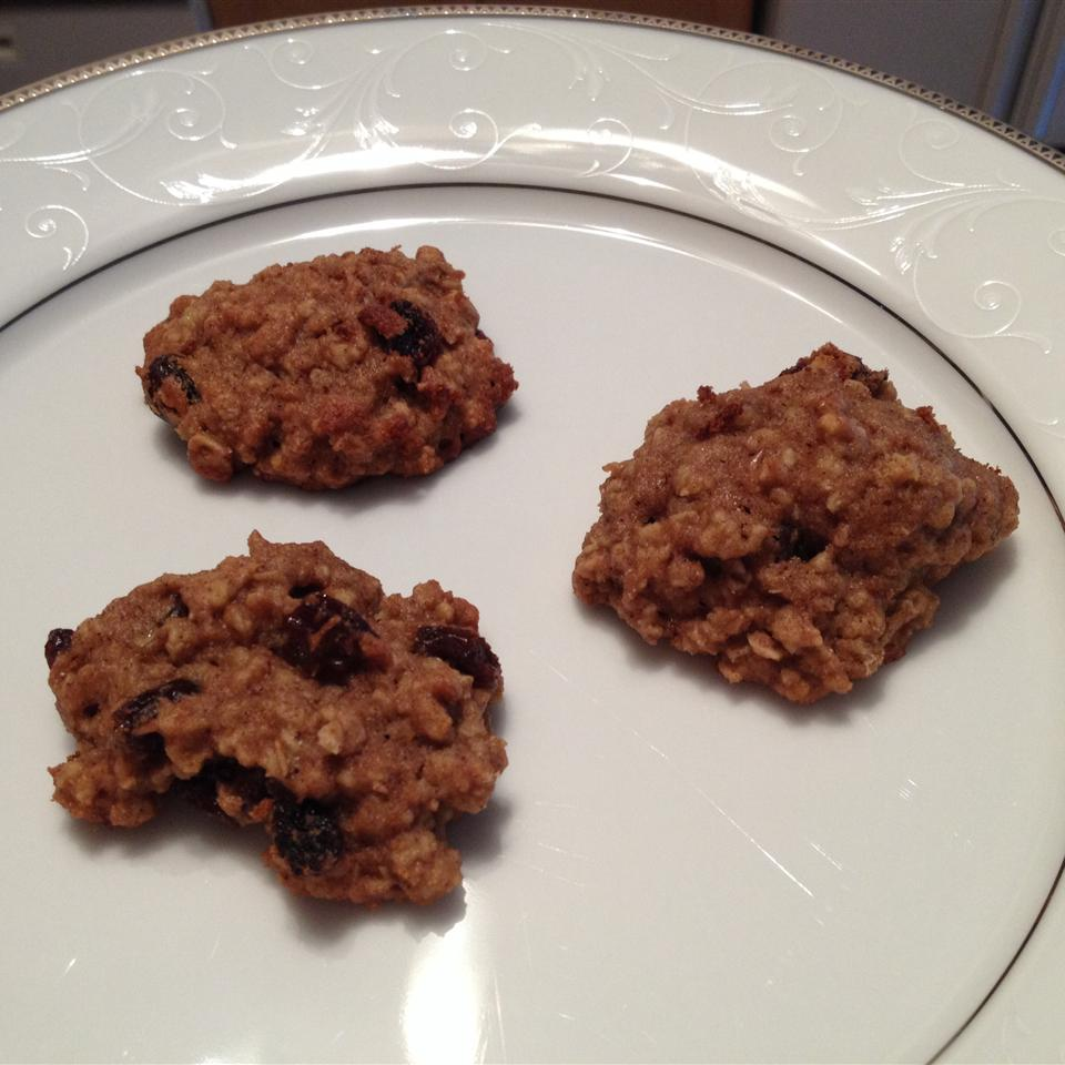 Spelt Oatmeal Raisin Cookies marajoy