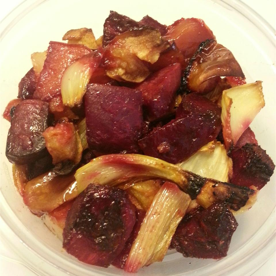 Roasted Beets, Apples, and Fennel Angelina