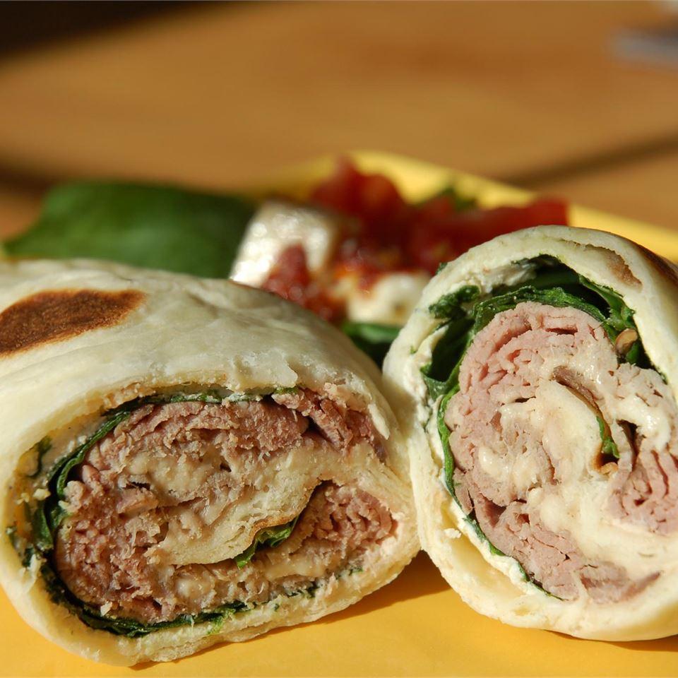 Roast Beef Horseradish Roll-Ups cookin'mama