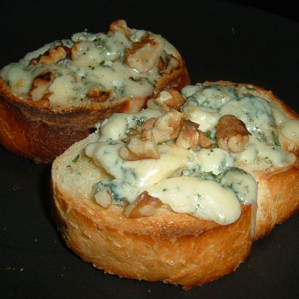 Blue Cheese Walnut Toasts Elizabeth