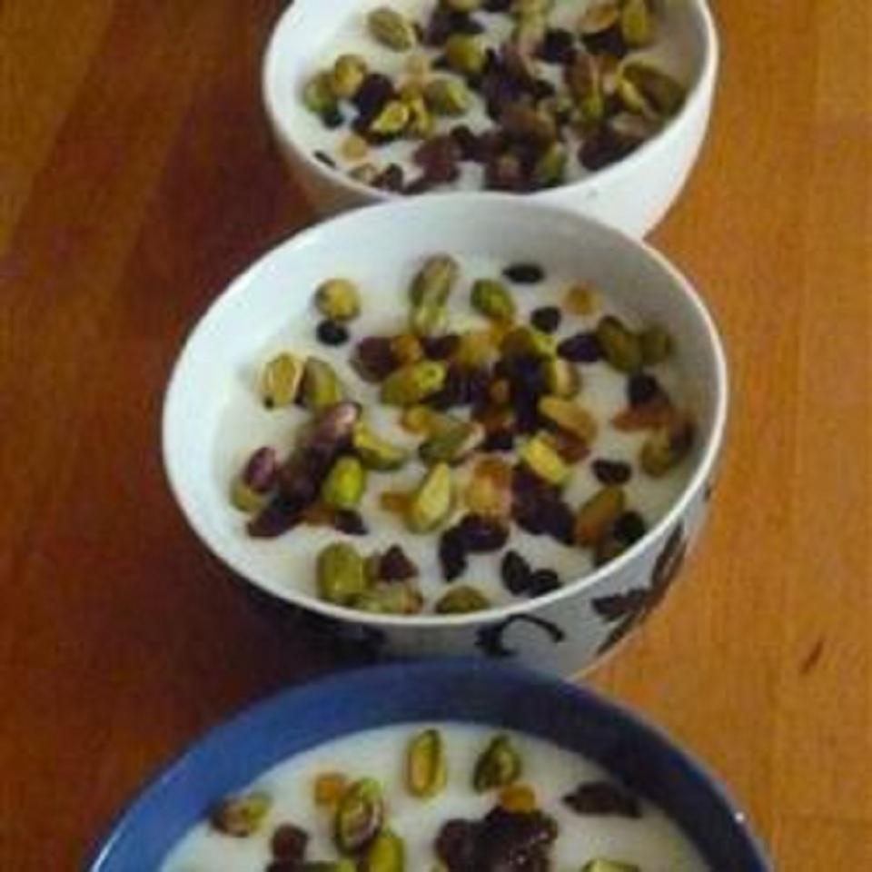 Mahalabia (Middle Eastern-Style Milk Pudding) Amel