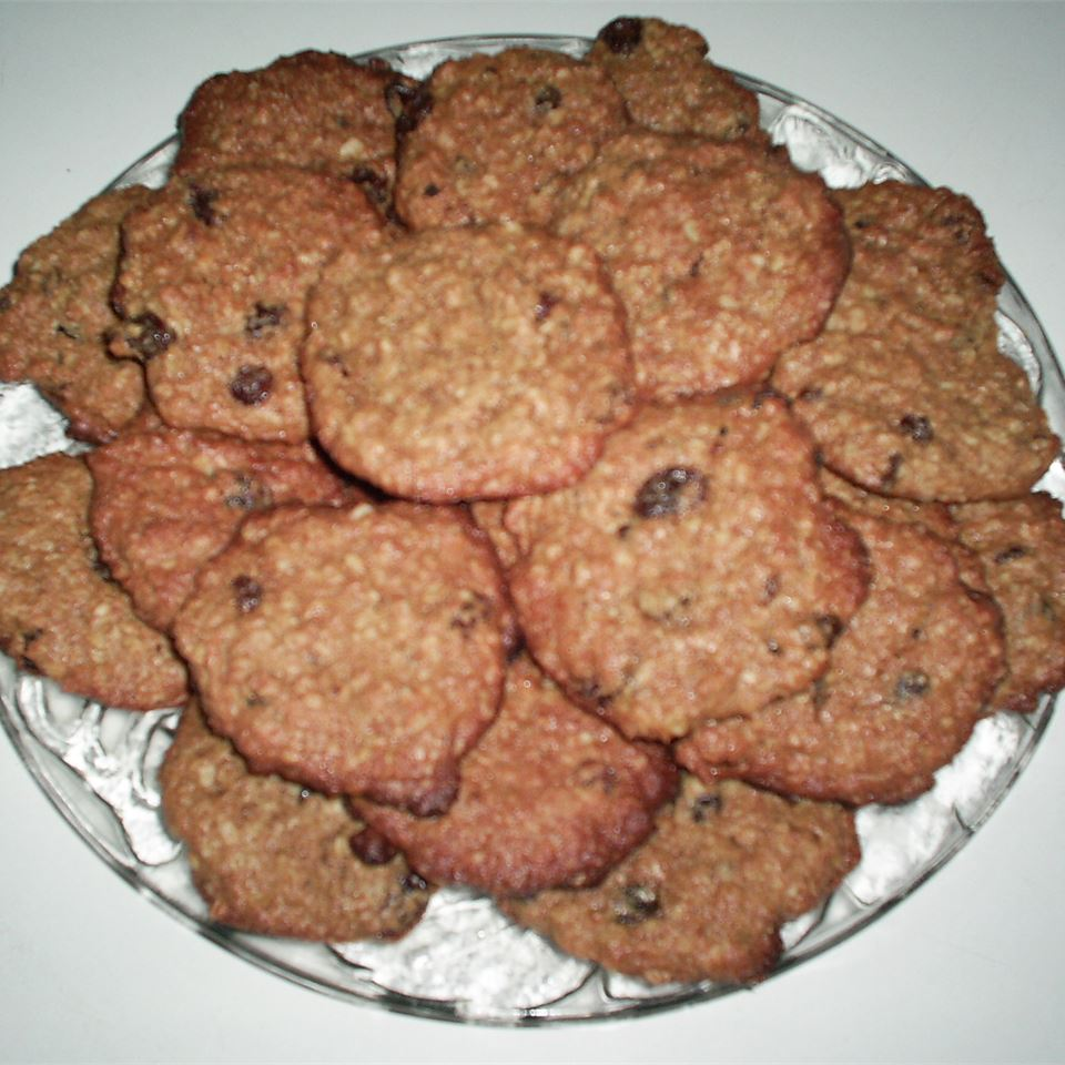 Raisin Peanut Butter Bran Cookies