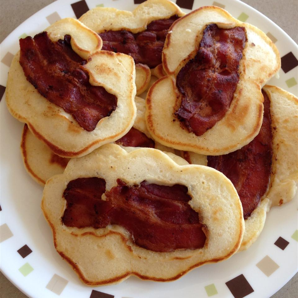 Bacon Pancake Strips with Maple-Peanut Butter Sauce