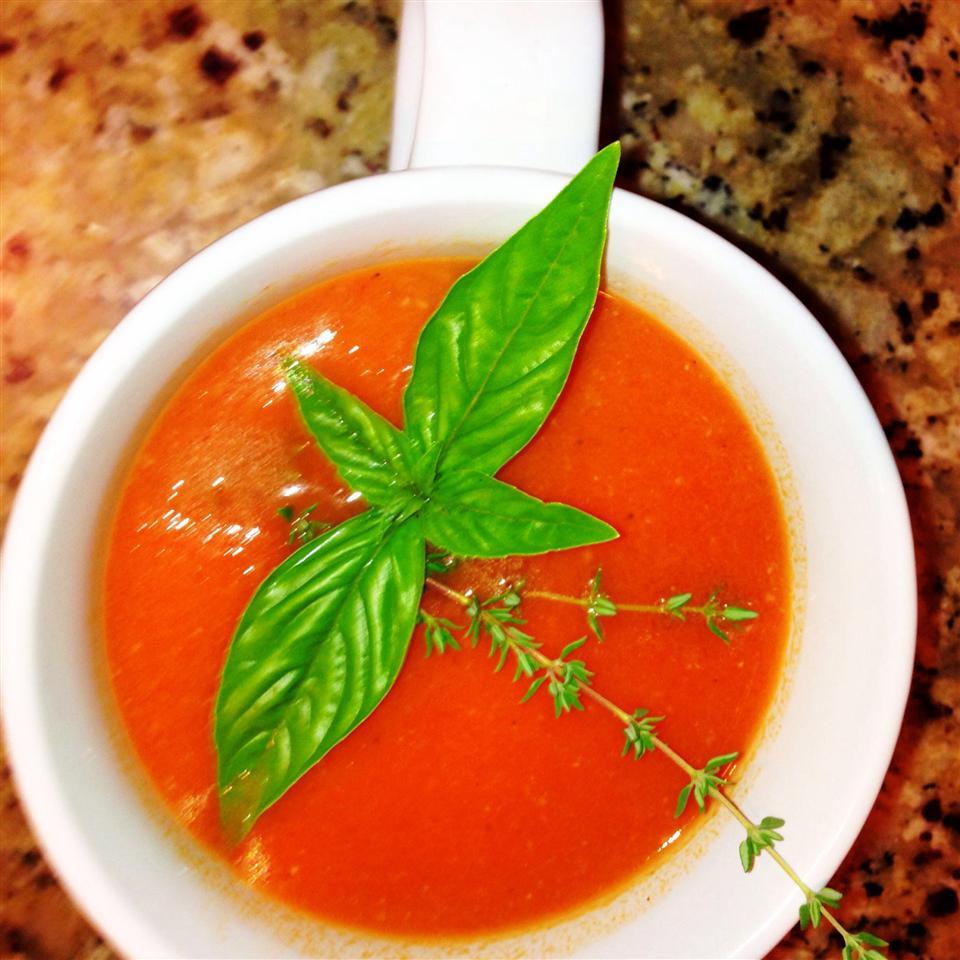Garden Fresh Tomato Soup