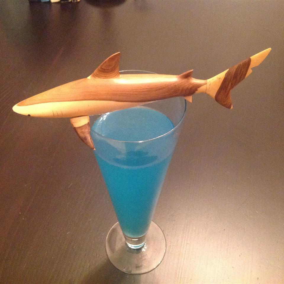 Sharknado Cocktail ONIOND