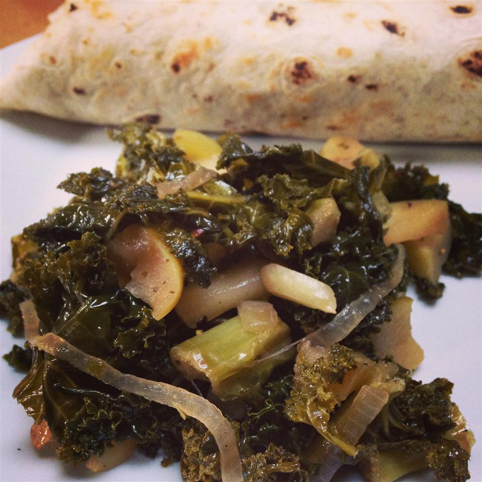 Sauteed Kale with Apples
