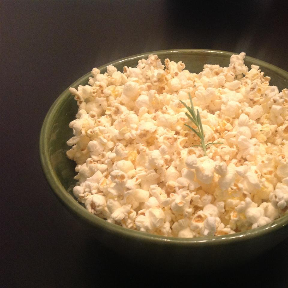 Garlic Bread Popcorn ONIOND