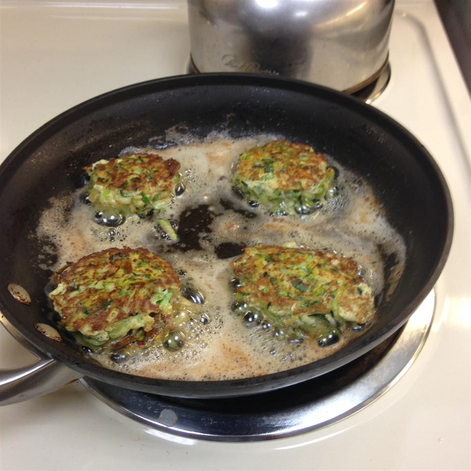 Low Carb Zucchini Pancakes bigdave95682