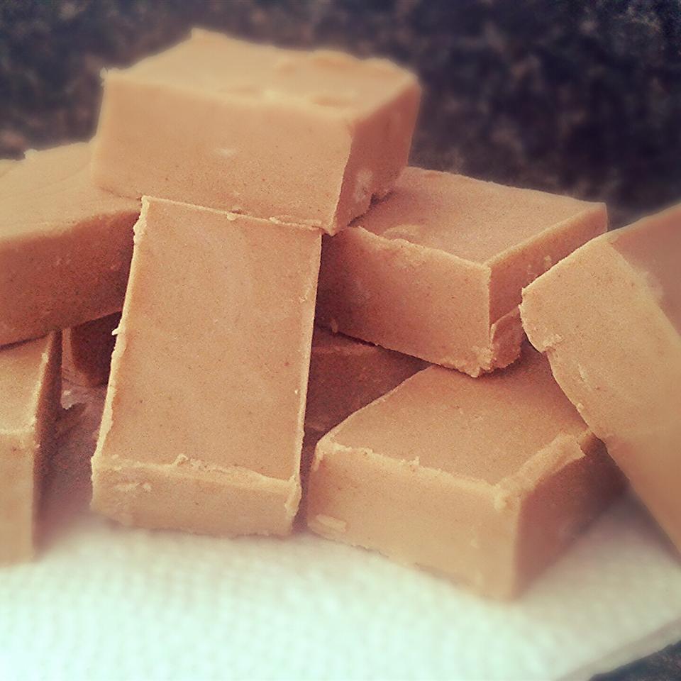 2-Ingredient Peanut Butter Fudge Anne Bukovietski