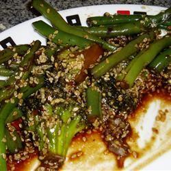 Garlicky, Spicy and Sesamey Green Beans VeggieChefLaura