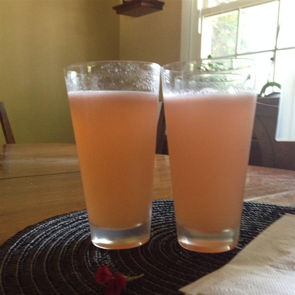 All Natural Strawberry Lemonade