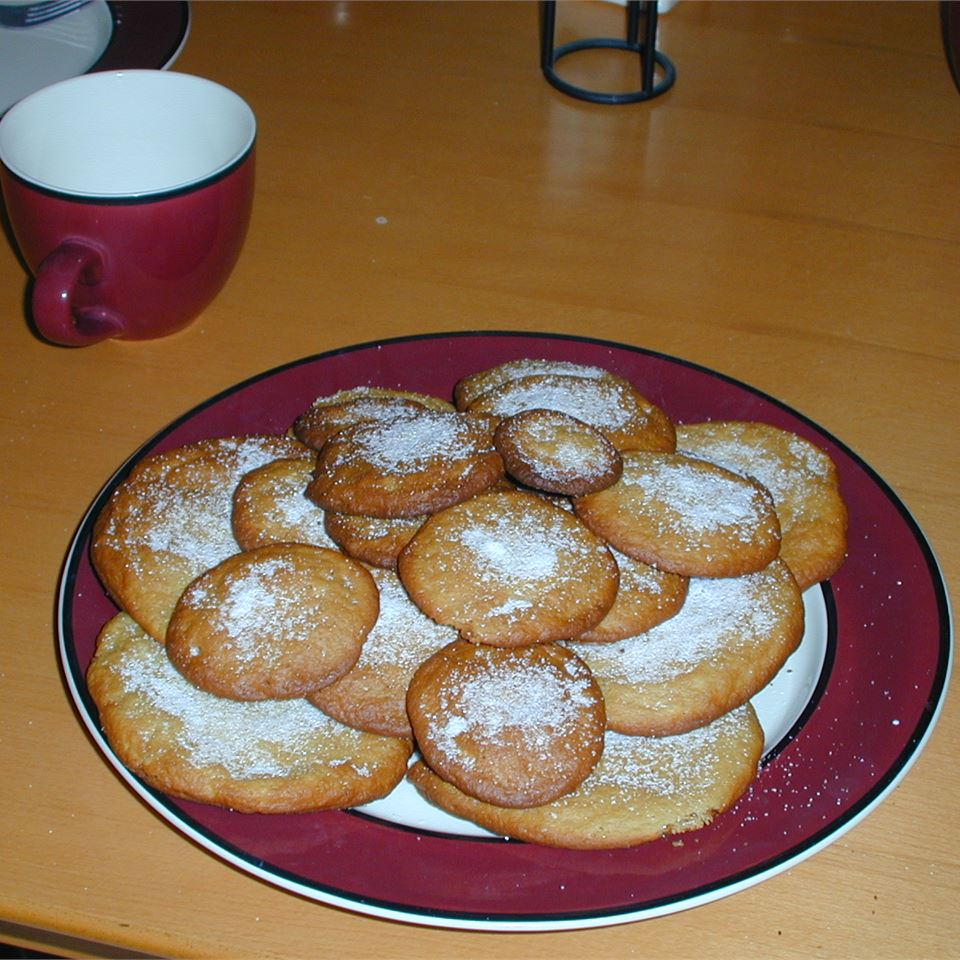 Basic Sugar Cookies courtney