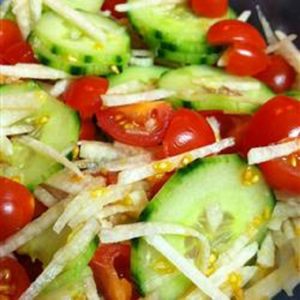 Summer Cucumber Jicama Salad jerecar
