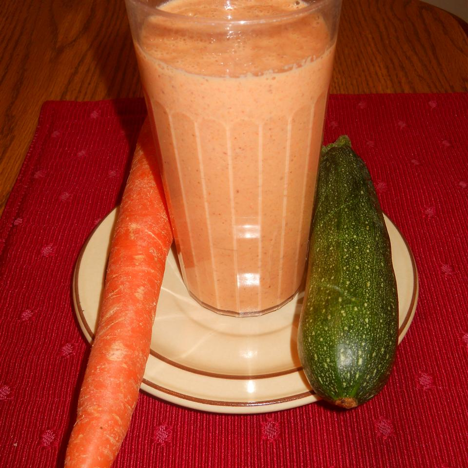 Zucchini and Carrot Smoothie KellsBells