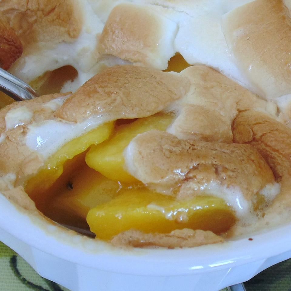 Roasted Marshmallow Peaches