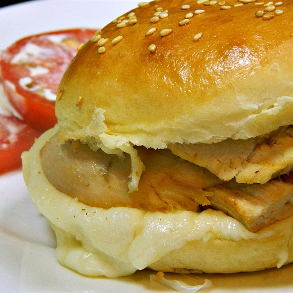 Heavenly Chicken Garlic Sandwiches