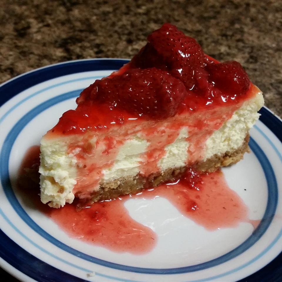 Supreme Strawberry Topping