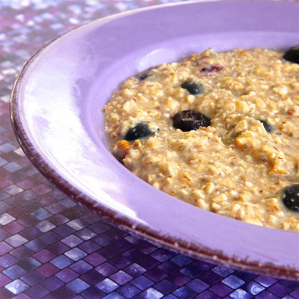 Nutty Blueberry Oatmeal