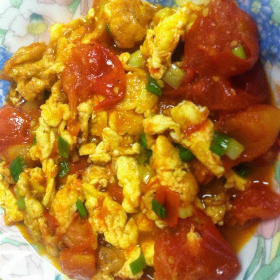Chinese Stir-Fried Egg and Tomato
