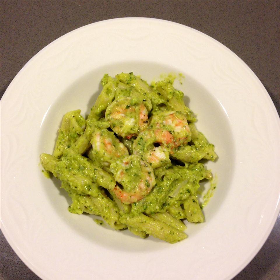 Creamy Avocado Pesto - Delish! Isabella Simeng Liu