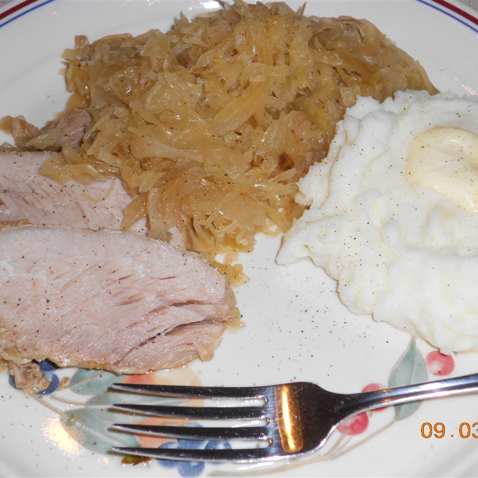 Slow Cooker Pork, Sauerkraut, and Beer