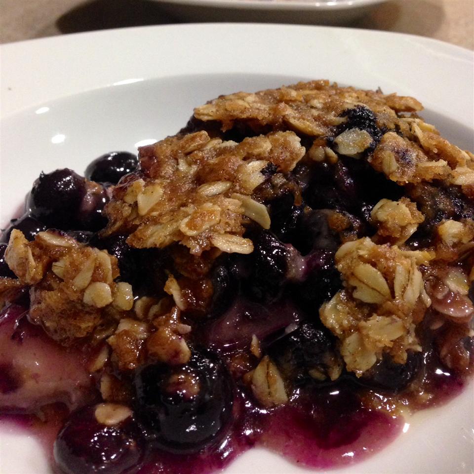 Blueberry Crumb Pie lovecook