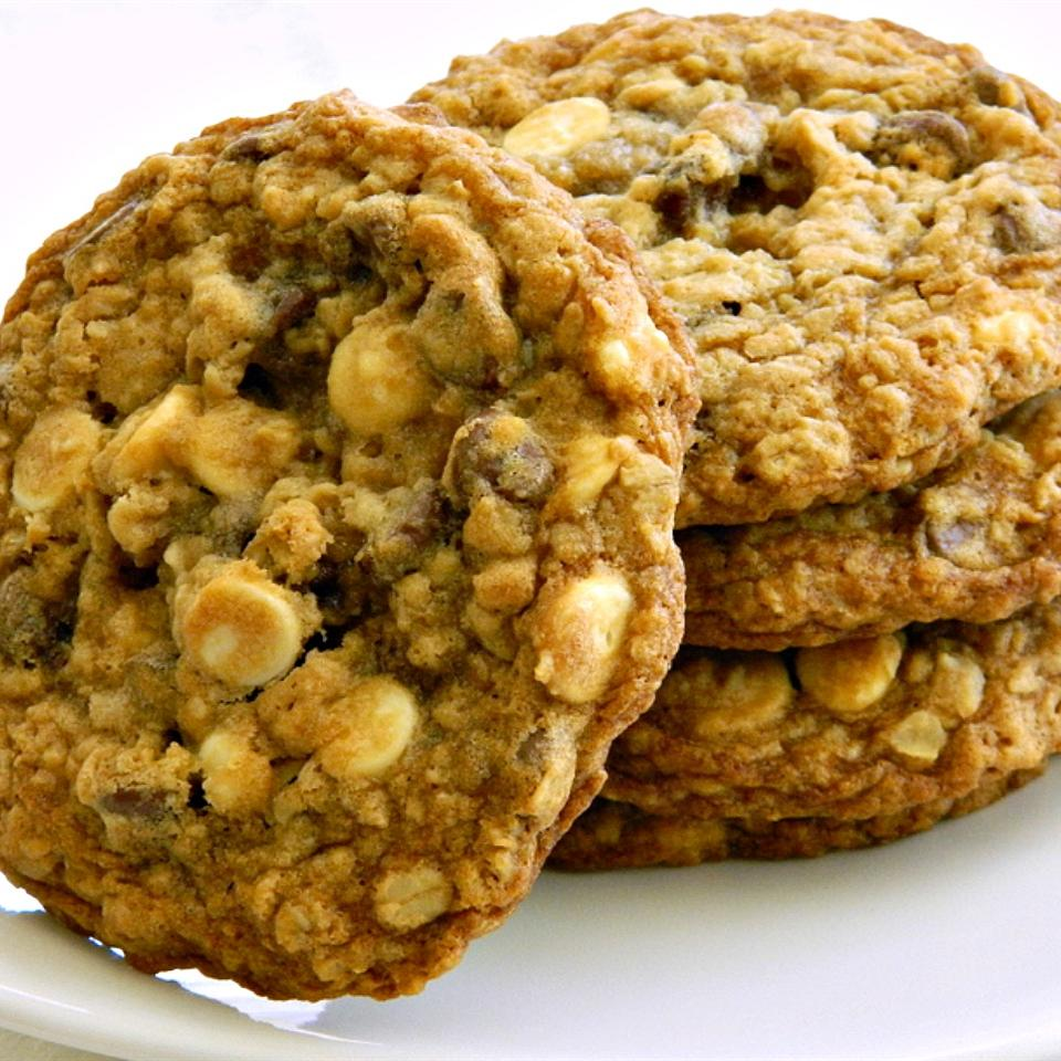 Giant Oatmeal Chocolate Cookies