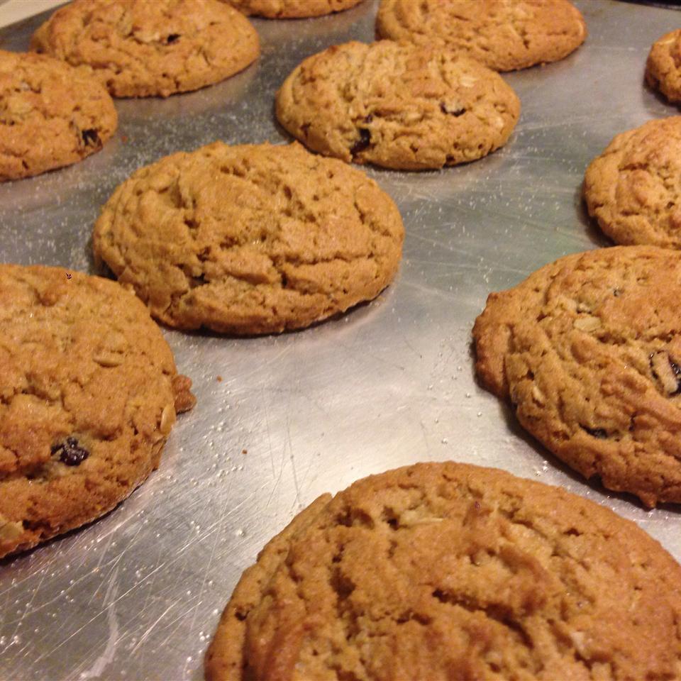 Peanut Butter and Bran Cookies Clockwork