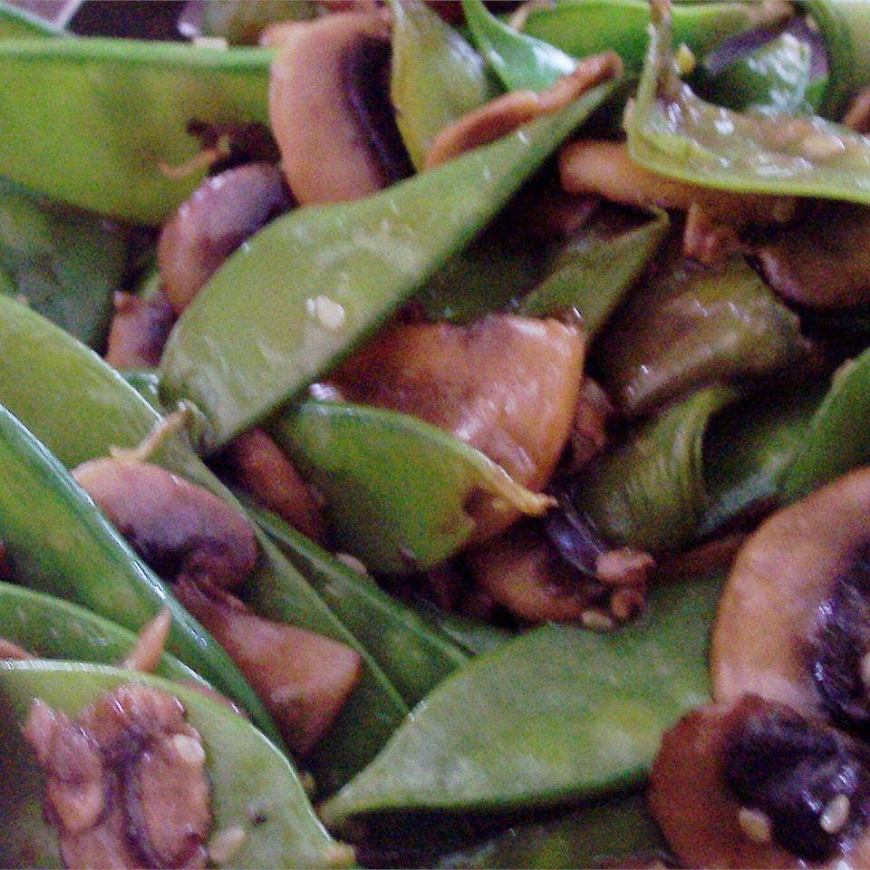 Stir Fried Snow Peas and Mushrooms BDEGER