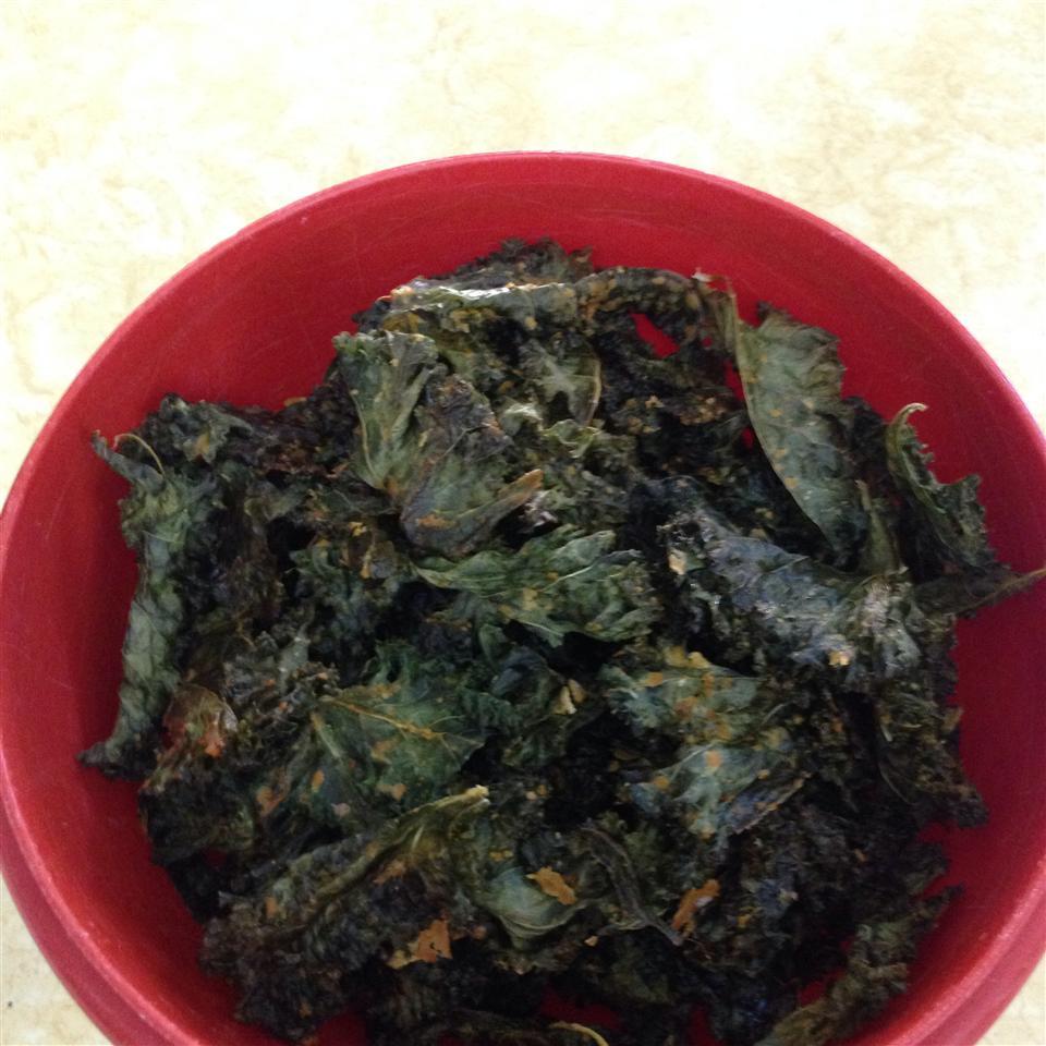 Cheesy Kale Chips puppypen