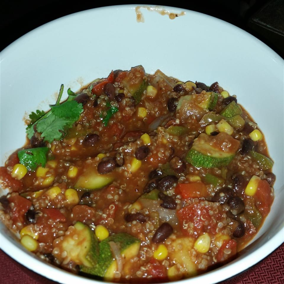 Quinoa and Black Bean Chili