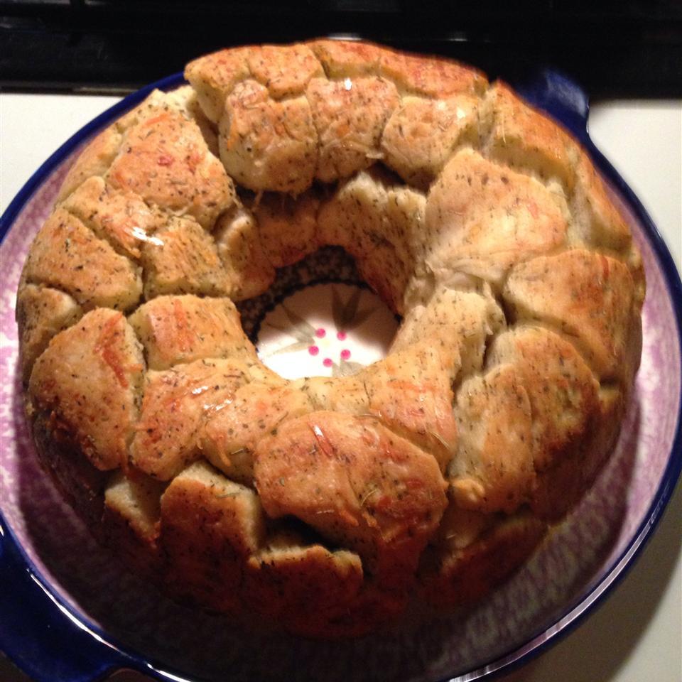 Garlic and Herb Pull Apart Bread Bill Tanksley