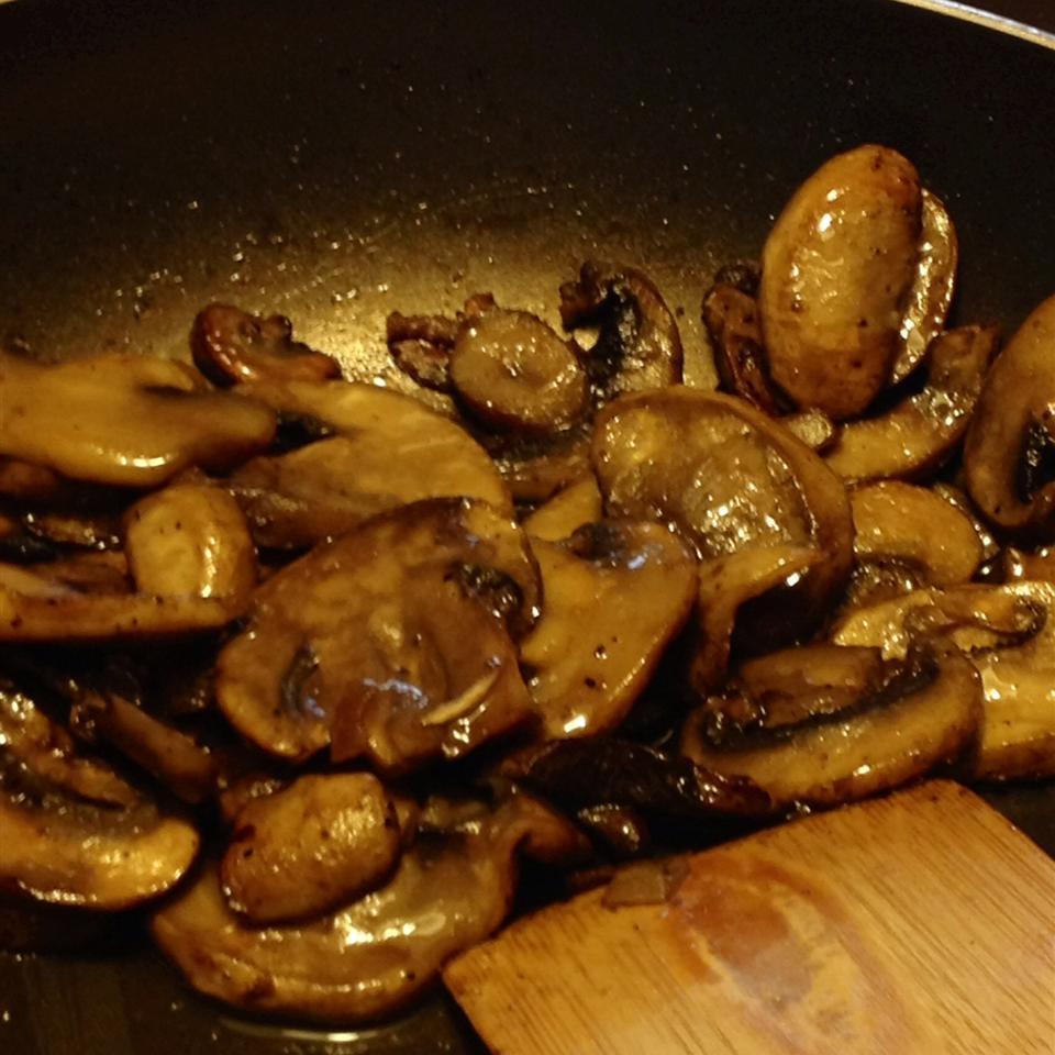 Pinot-Glazed Mushrooms FrackFamily5 CA—>CT