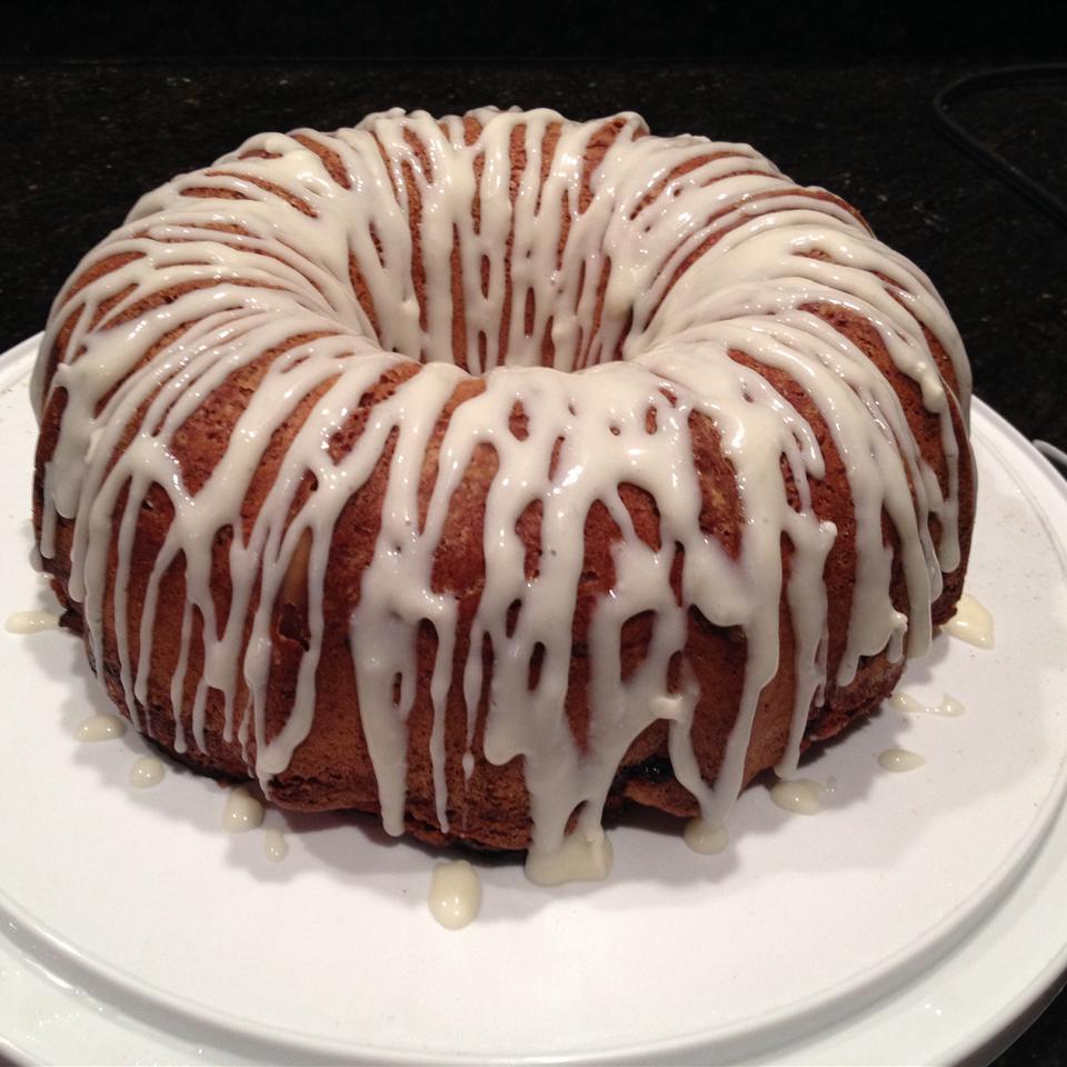 Jewish Apple Cake I