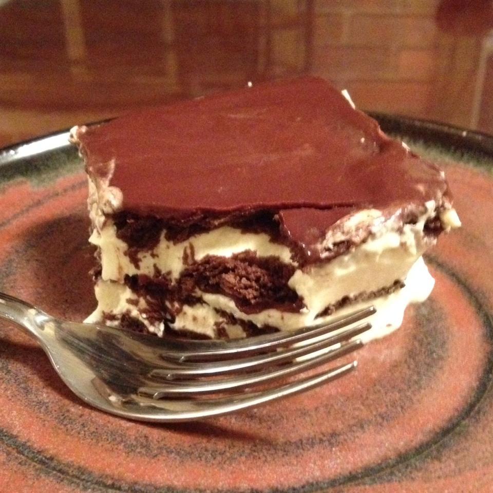 No-Bake Chocolate Eclair Cake DESNA