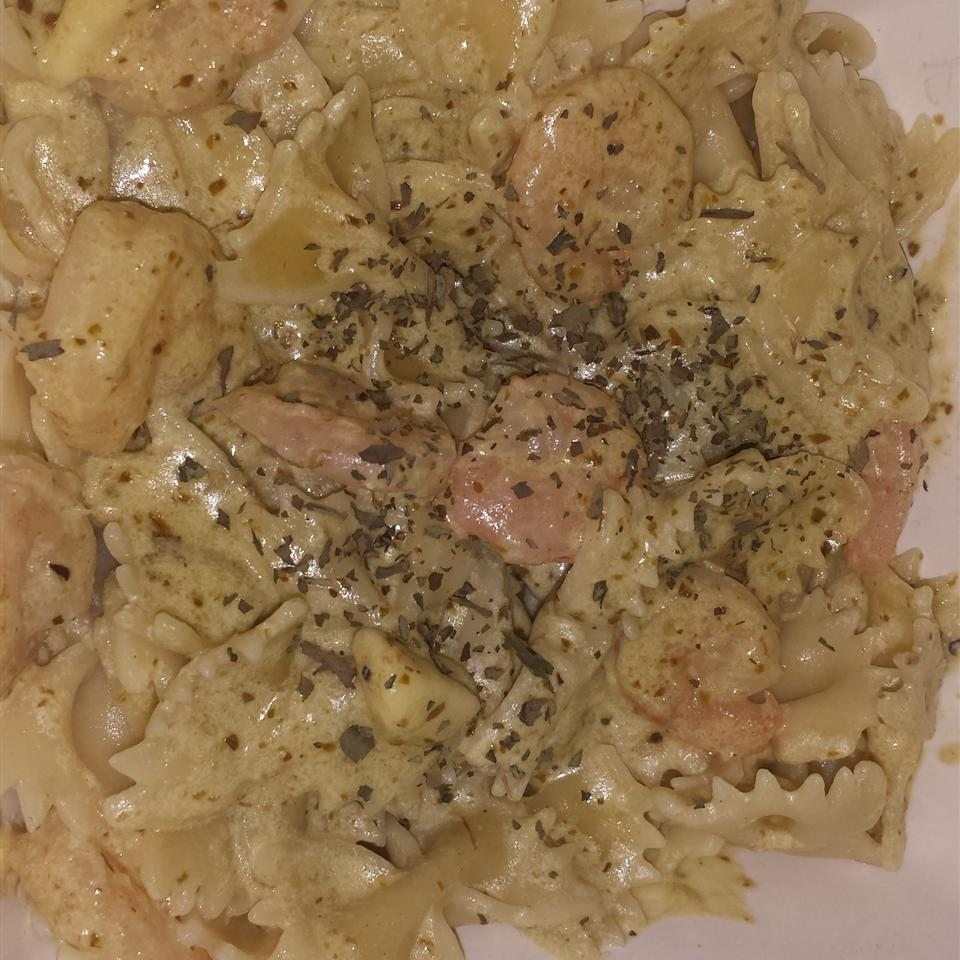 Creamy Pesto Shrimp Leslie Horman