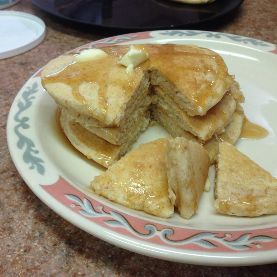 Old-Fashioned Pancakes Wynelle