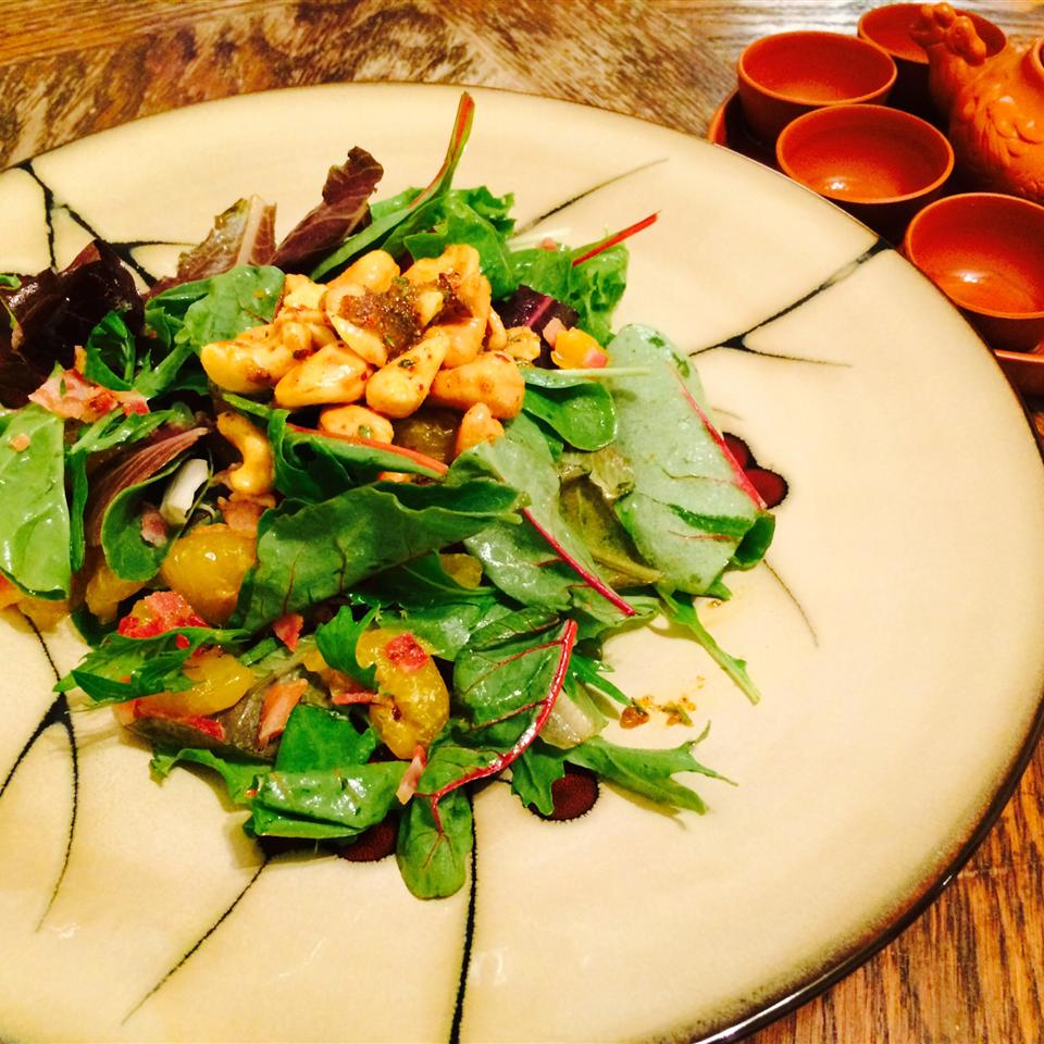 Curried Cashew, Pear, and Grape Salad Andy_Yi