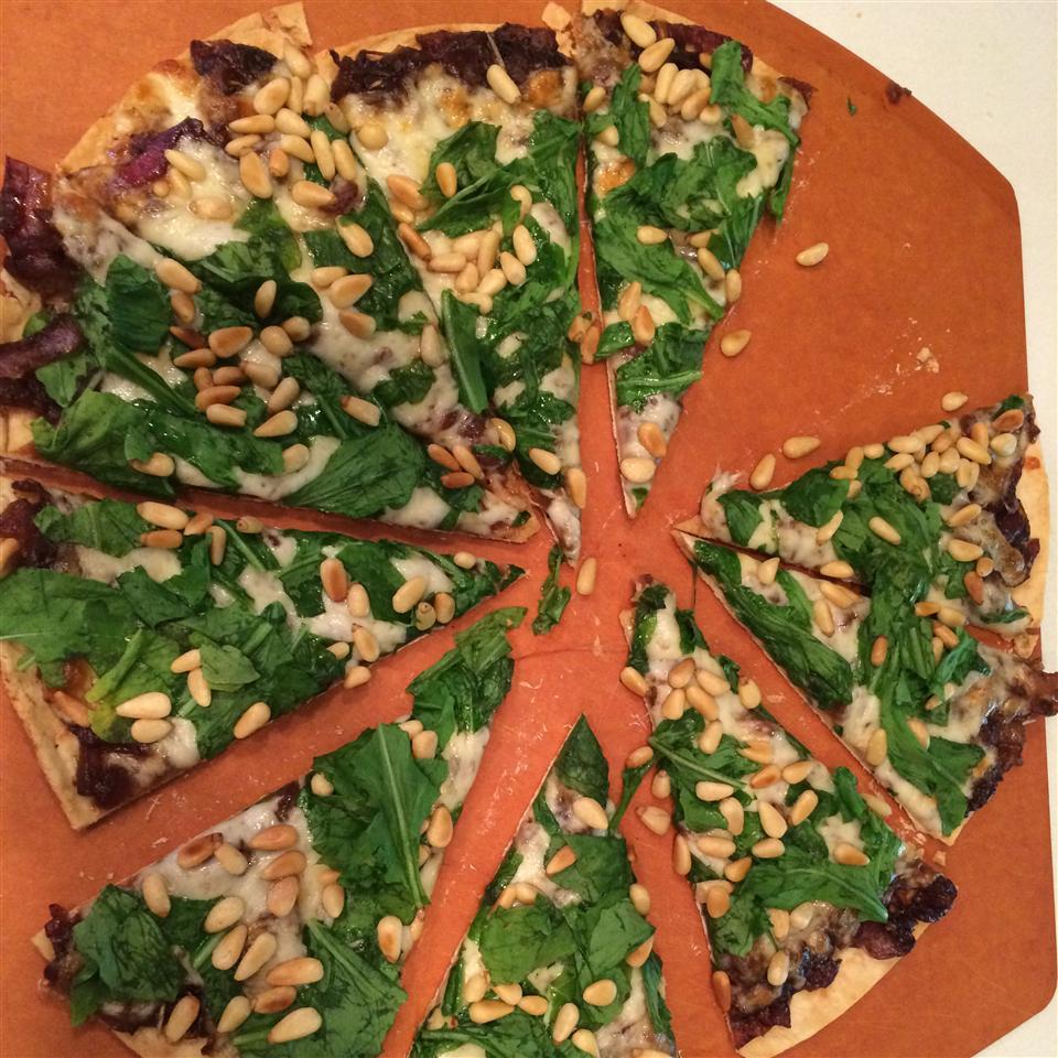 Caramelized Onion and Arugula Pizza angie