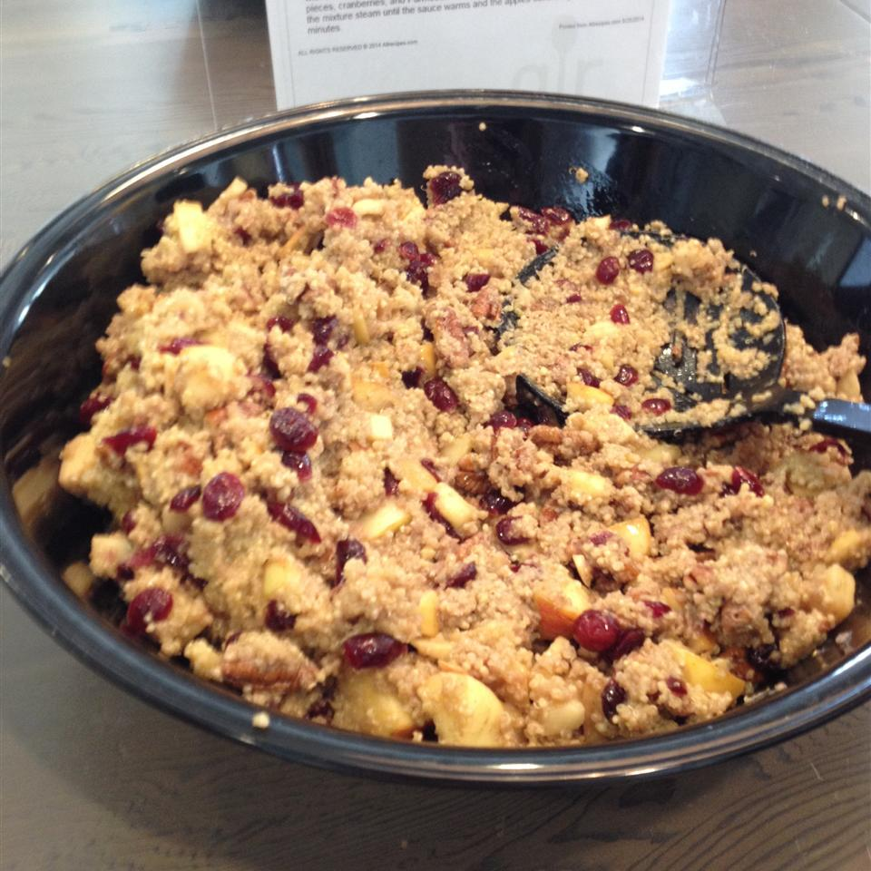 Cranberry Apple Pecan Quinoa Salad joderita