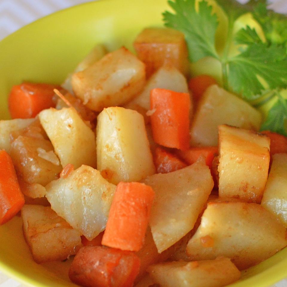 Campfire Potatoes and Carrots