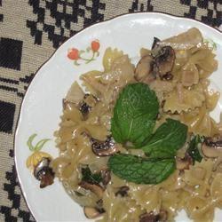Mushroom Mint Pasta Salad user
