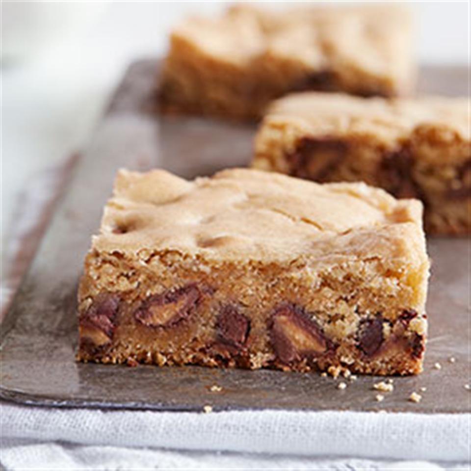 Blondie Bars with Peanut Butter Filled DelightFulls™ Trusted Brands