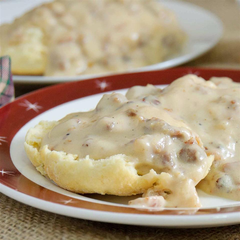 Mom S Country Gravy Recipe Allrecipes