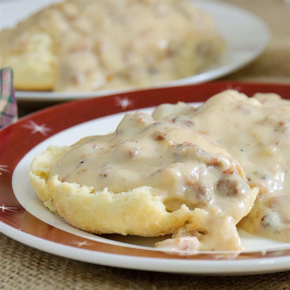 Mom S Country Gravy Recipe Allrecipes